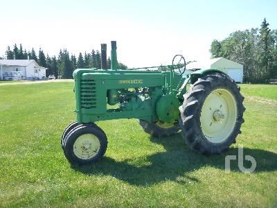JOHN DEERE A 2WD Row Crop Antique Tractor