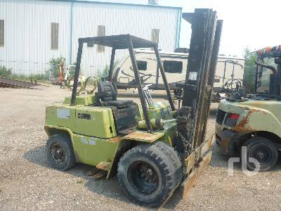 CLARK C500-YS80 6025 Lb Forklift