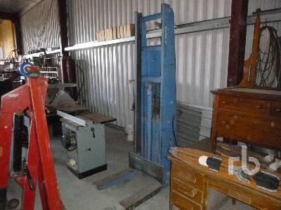 BLUE GIANT PFF 87 1500 Lb Shop Forklift