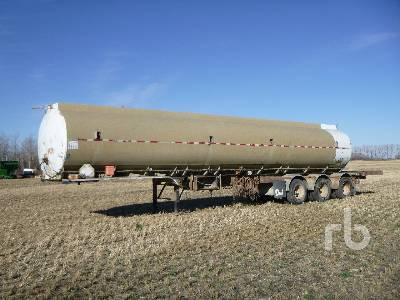 1991 9000 Gallon Tri/A Water Tank Trailer