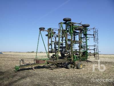 JOHN DEERE 1650 60 Ft Cultivator