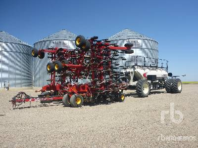 2016 BOURGAULT 3320 66 Ft Air Drill