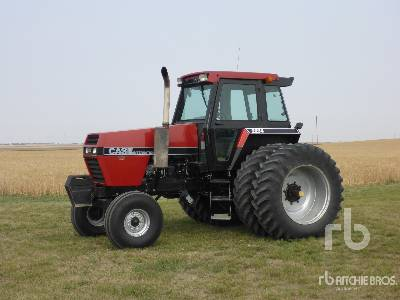 1983 CASE IH 2294 2WD Tractor