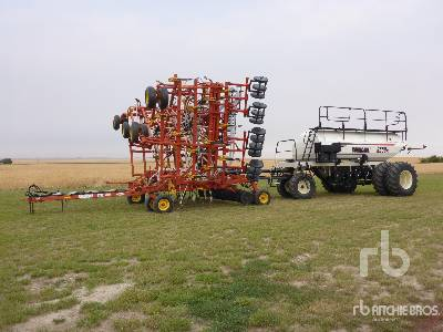 2002 BOURGAULT 5710 61 Ft Air Drill