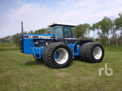 1993 FORD VERSATILE 4WD Tractor