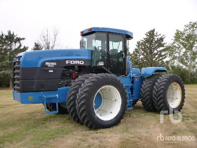 FORD VERSATILE 9282 4WD Tractor