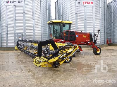 2008 NEW HOLLAND H8040 30 Ft Swather