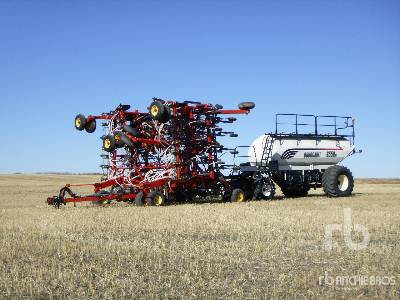 2008 BOURGAULT 3310 PHD 55 Ft Air Drill